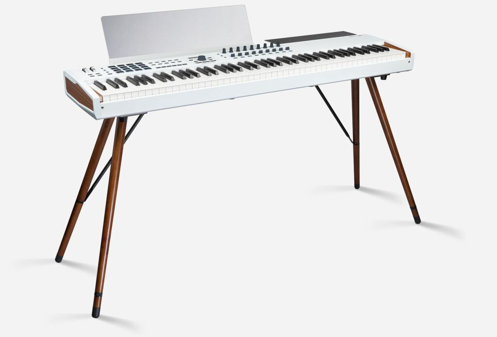 STYLISH WOODEN LEGS FOR THE ARTURIA KEYLAB 88